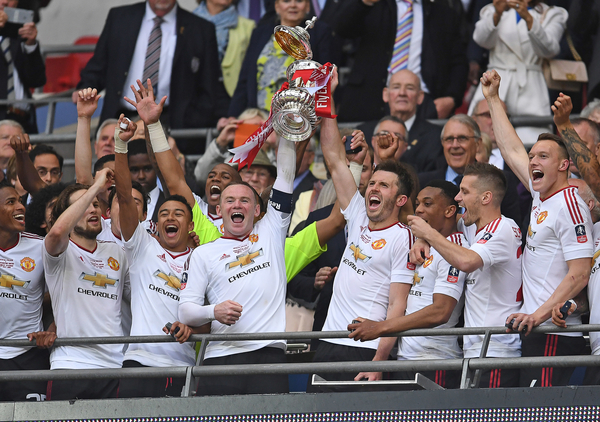 Players of Manchester United lifting the FA Cup after winning the final against Crystal Palace at Wembley Stadium, London Picture by Andrew Timms/Focus Images Ltd +44 7917 236526 21/05/2016
