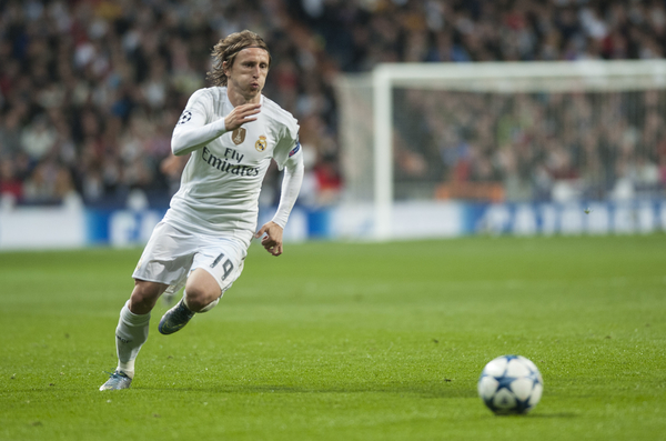 Luka Modric of Real Madrid during the UEFA Champions League match at the Estadio Santiago Bernabeu, Madrid Picture by Marcos Calvo Mesa/Focus Images Ltd +34 654142934 03/11/2015