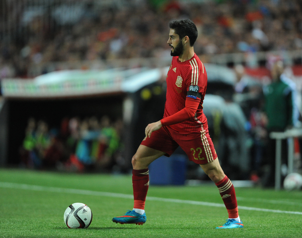 Isco Alarcon of Spain during the UEFA Euro 2016 Qualifying match at Estadio Ramón Sánchez-Pizjuán, Seville Picture by Daniel Hambury/Focus Images Ltd +44 7813 022858 27/03/2015