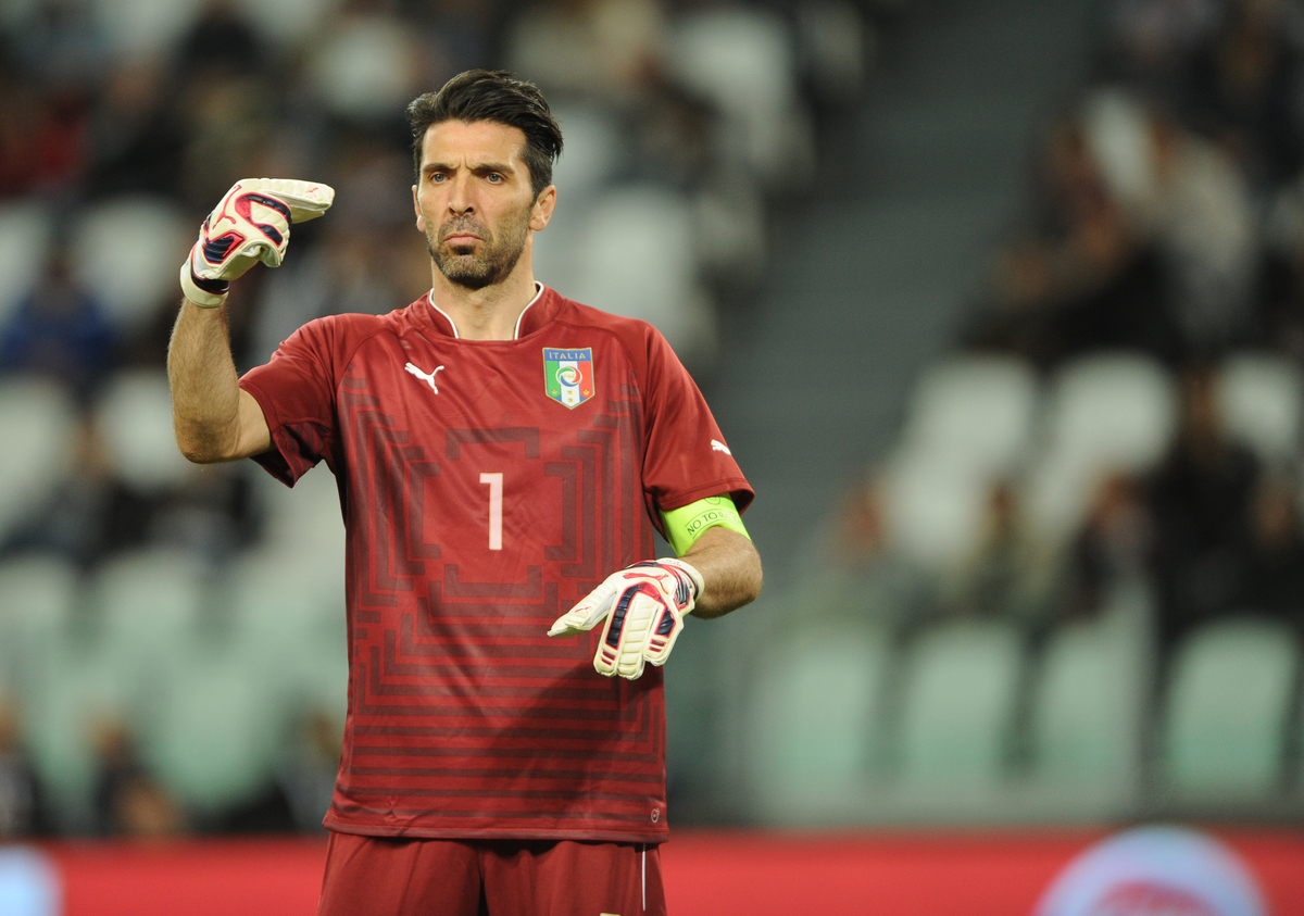 Gianluigi Buffon falló en el gol. Foto: Focus Images Ltd.