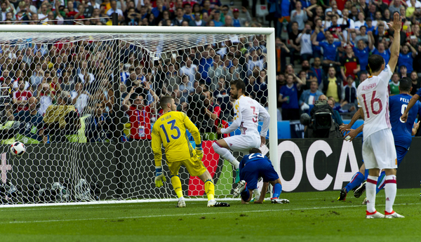David de Gea of Spain saves a shot  from Emanuele Giaccherini but then looks back as Giorgio Chiellini scores during the UEFA Euro 2016 match at Stade de France, Paris Picture by Anthony Stanley/Focus Images Ltd 07833 396363 27/06/2016