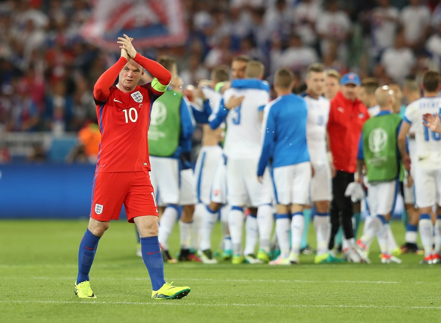 Wayne Rooney of England applauds the travelling fans during the UEFA Euro 2016 match at Stade Geoffroy-Guichard, Saint-Étienne Picture by Paul Chesterton/Focus Images Ltd +44 7904 640267 13/06/2016