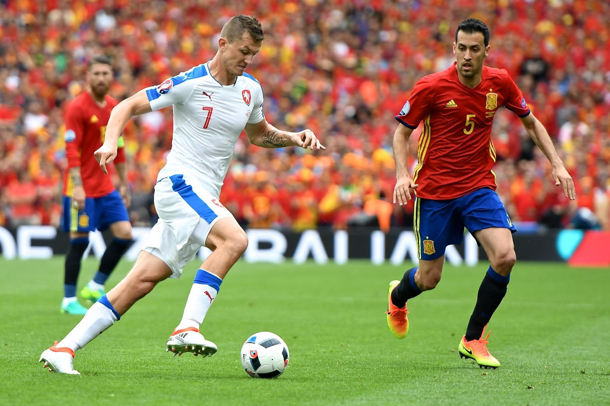 TomᚠNecid of Czech Republic (left) and Sergio Busquets of Spain during the UEFA Euro 2016 match at Stadium de Toulouse, Toulouse Picture by Kristian Kane/Focus Images Ltd 07814482222 13/06/2016