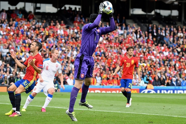 Czech Republic goalkeeper Petr ?ech claims the ball during the UEFA Euro 2016 match at Stadium de Toulouse, Toulouse Picture by Kristian Kane/Focus Images Ltd 07814482222 13/06/2016