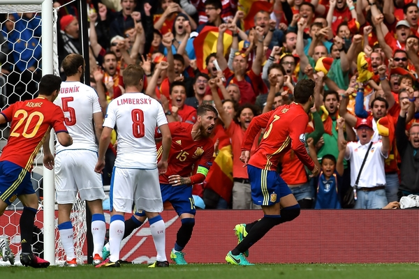 Spain defender Gerard Piqué (right) celebrates scoring their first goal to make it Spain 1 Czech Republic 0 during the UEFA Euro 2016 match at Stadium de Toulouse, Toulouse Picture by Kristian Kane/Focus Images Ltd 07814482222 13/06/2016