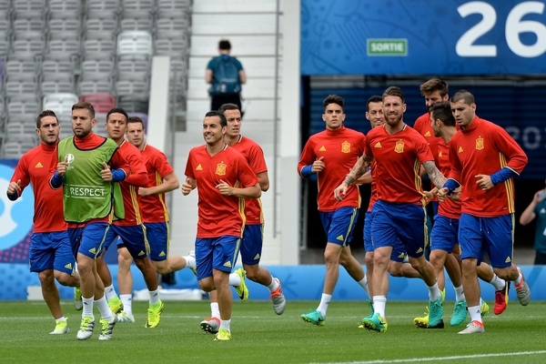 Sergio Ramos of Spain (4th right) fools around pictured during Spain training at Stadium de Toulouse, Toulouse, France. Picture by Kristian Kane/Focus Images Ltd 07814482222 12/06/2016
