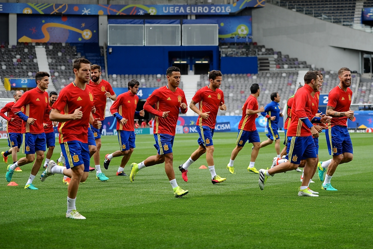 Spain players led by Sergio Ramos (right) pictured during Spain training at Stadium de Toulouse, Toulouse, France. Picture by Kristian Kane/Focus Images Ltd 07814482222 12/06/2016