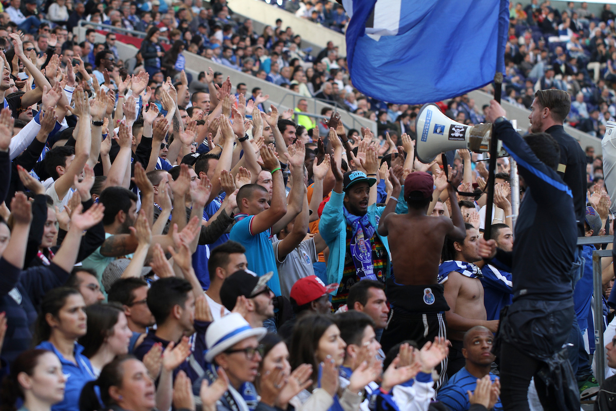 Fans of Porto during the Primeira Liga match at the Estádio do Dragão, Porto Picture by Pedro Lopes/Focus Images Ltd +54 936 360 807 10/05/2014