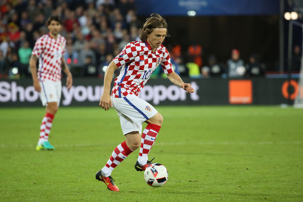 Luka Modric of Croatia during the UEFA Euro 2016 match at Stade Bollaert-Delelis , Lens, France. Picture by EXPA Pictures/Focus Images Ltd 07814482222 25/06/2016 *** UK & IRELAND ONLY *** EXPA-EIB-160626-0038.jpg