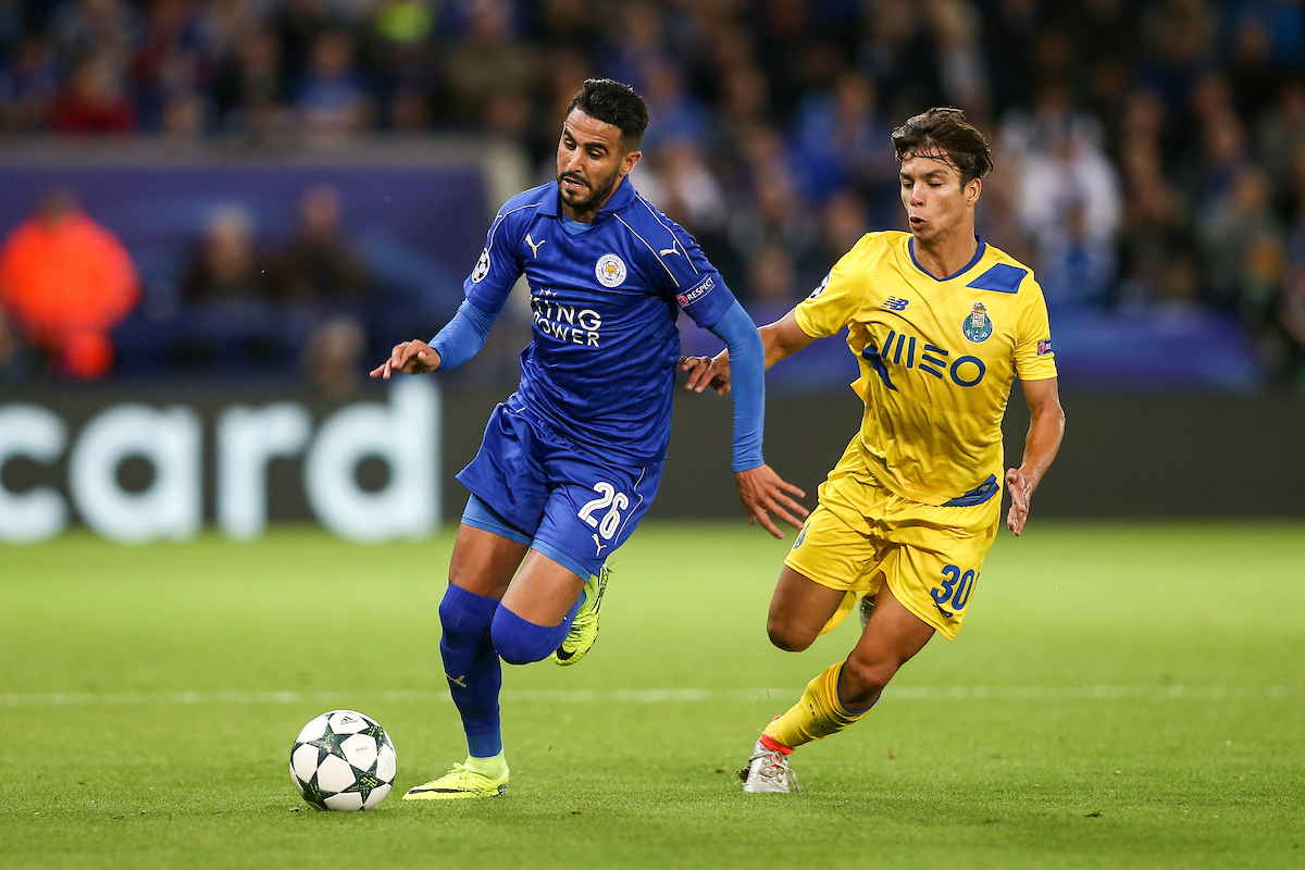 Riyad Mahrez of Leicester City (left) gets past Oliver Torres of FC Porto (right) during the UEFA Champions League match at the King Power Stadium, Leicester Picture by Andy Kearns/Focus Images Ltd 0781 864 4264 27/09/2016