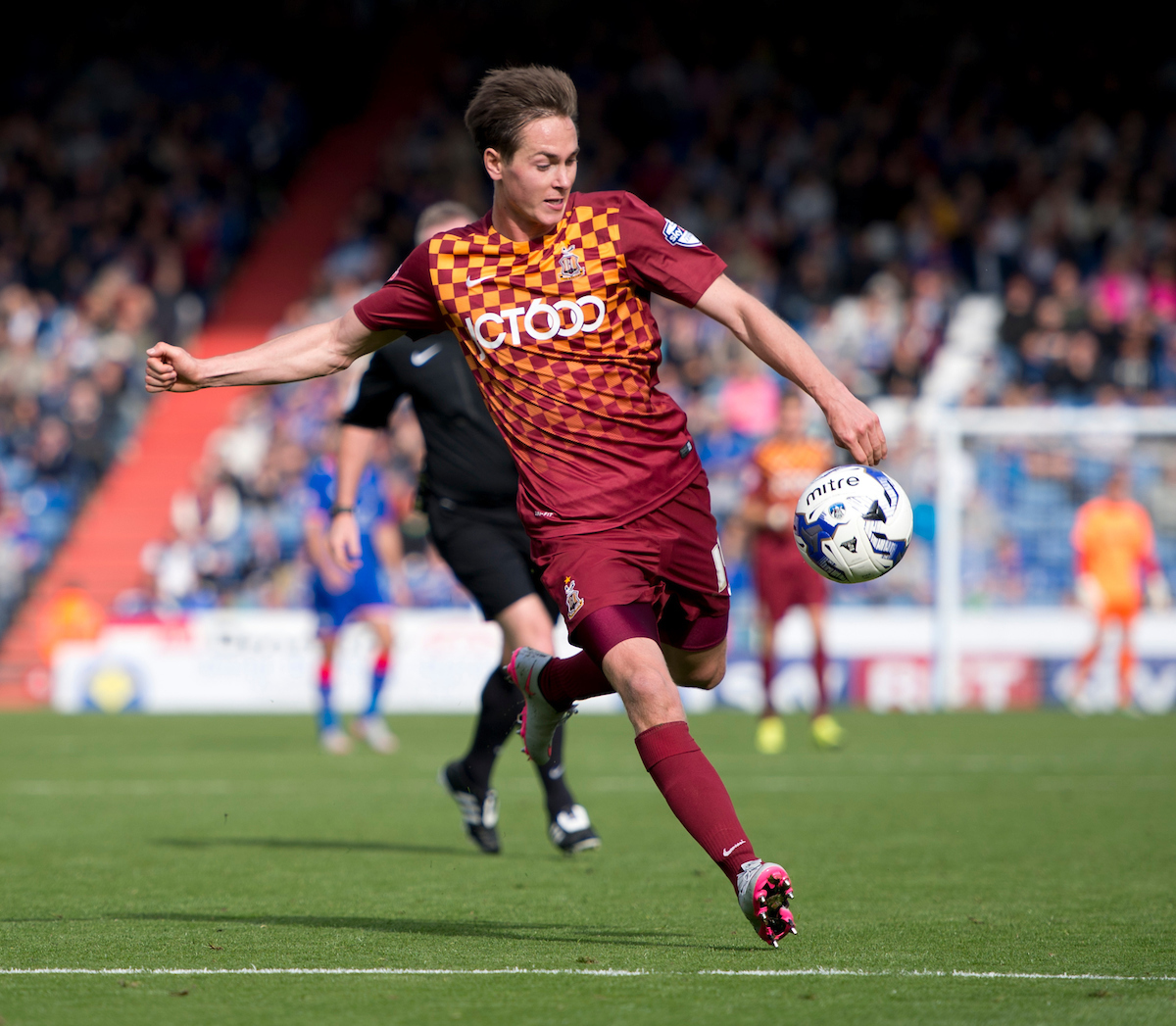 Josh Morris of Bradford City prepares to shoot during the Sky Bet League 1 match at Boundary Park, Oldham Picture by Russell Hart/Focus Images Ltd 07791 688 420 05/09/2015