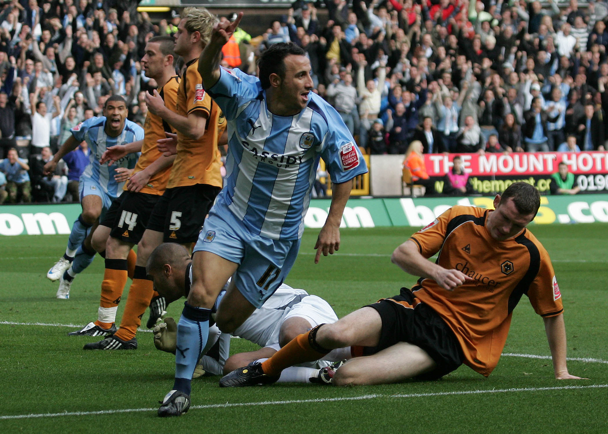 Michael Mifsud celebrando un gol con el Coventry City en 2008. Foto: Michael Sedgwick/Focus Images Ltd.