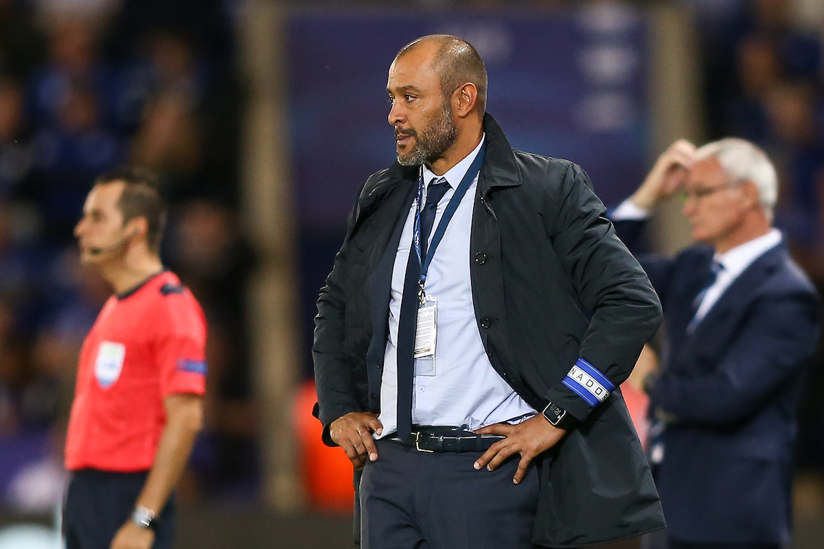 FC Porto manager Nuno Espirito Santo (centre) during the UEFA Champions League match at the King Power Stadium, Leicester Picture by Andy Kearns/Focus Images Ltd 0781 864 4264 27/09/2016