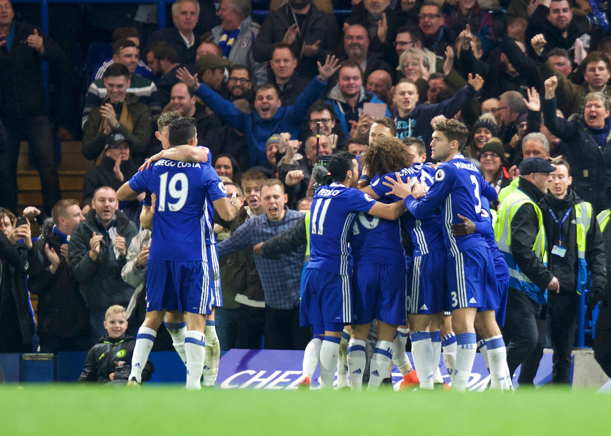 Victor Moses of Chelsea celebrates with his team mates after scoring to make it 2-1 during the Premier League match at Stamford Bridge, London Picture by Alan Stanford/Focus Images Ltd +44 7915 056117 26/11/2016