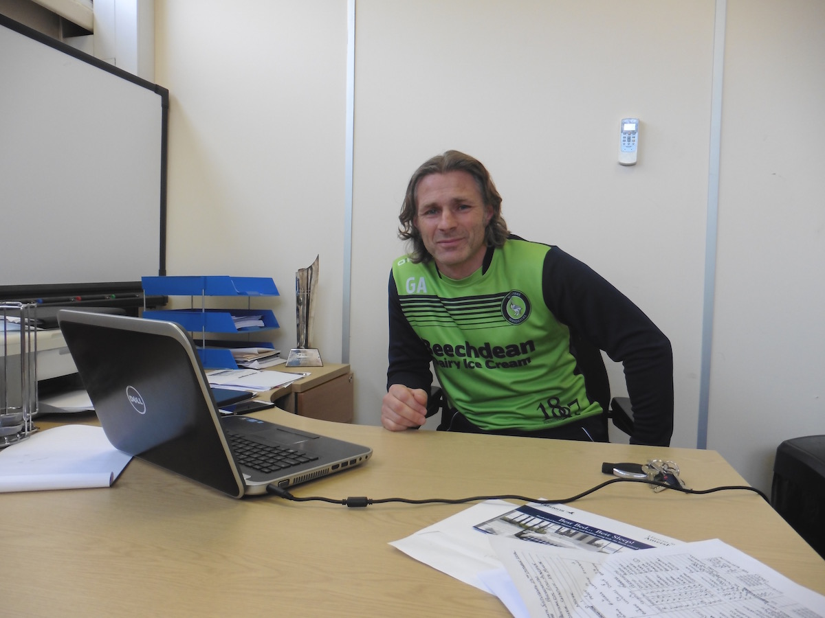 Gareth Ainsworth - MarcadorInt