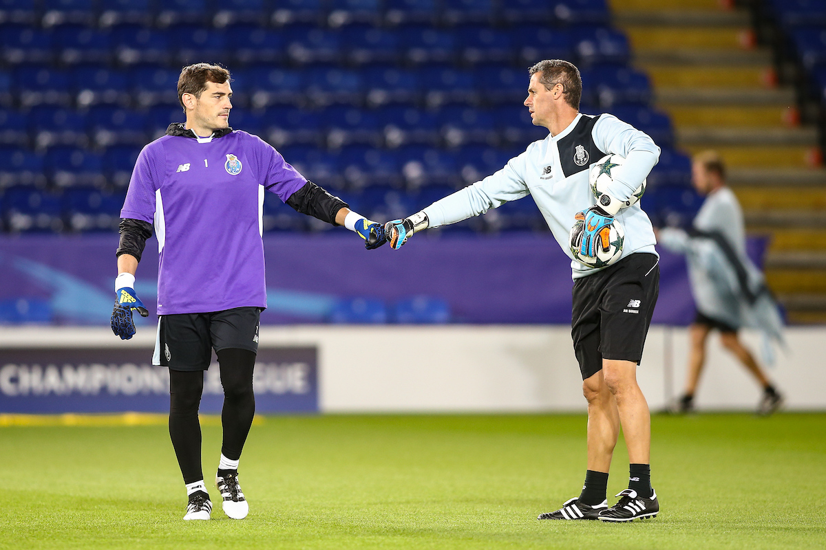 Iker Casillas of FC Porto (left) during the FC Porto training session at the King Power Stadium, Leicester Picture by Andy Kearns/Focus Images Ltd 0781 864 4264 26/09/2016