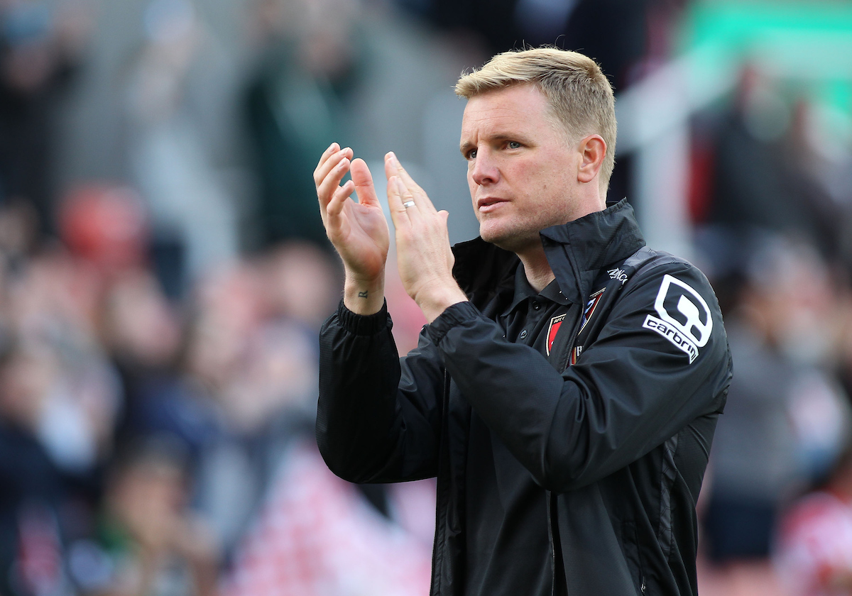 Eddie Howe manager of Bournemouth applauds the supporters after his teams loss against Stoke City in the Barclays Premier League match. at the Britannia Stadium, Stoke-on-Trent. Picture by Michael Sedgwick/Focus Images Ltd +44 7900 363072 26/09/2015