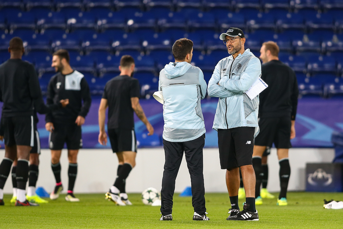 FC Porto manager Nuno Espirito Santo (right) during the FC Porto training session at the King Power Stadium, Leicester Picture by Andy Kearns/Focus Images Ltd 0781 864 4264 26/09/2016