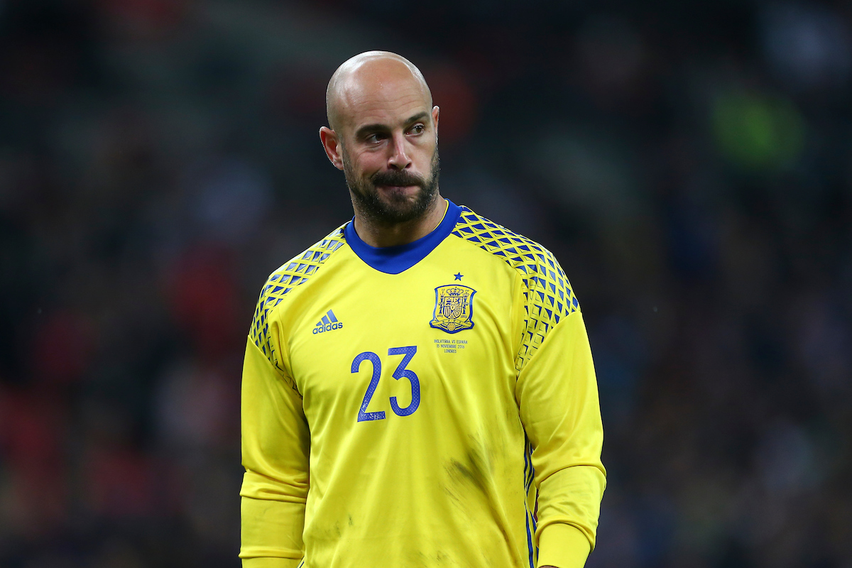 Jose Reina of Spain looks despondent as the first half ends with his side down by a goal to nil during the International Friendly match at Wembley Stadium, London Picture by Ryan Dinham/Focus Images Ltd +44 7900 436859 15/11/2016