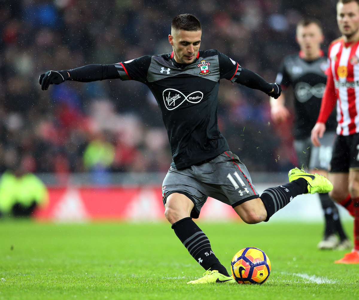 Dusan Tadic of Southampton during the Premier League match at the Stadium Of Light, Sunderland Picture by Simon Moore/Focus Images Ltd 07807 671782 11/02/2017