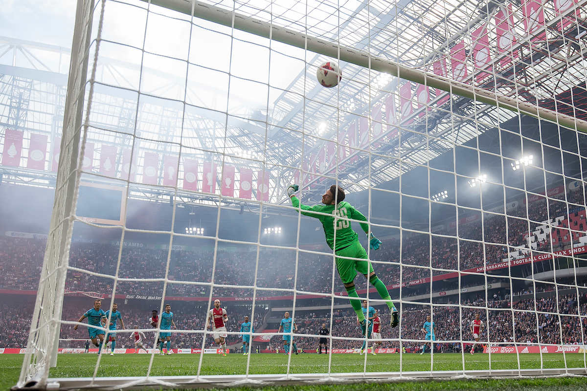 Lasse Schone of Ajax (3L) scores 1-0 in the first minute, Brad Jones of Feyenoord (3R) during the Dutch Eredivisie match at Amsterdam Arena, Amsterdam Picture by Joep Joseph Leenen/Focus Images Ltd +316 5261929 02/04/2017 ***NETHERLANDS OUT***