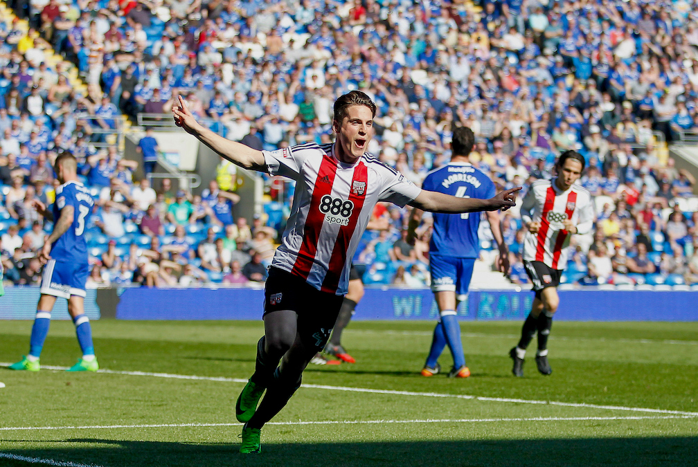 Sergi CanÛs of Brentford celebrates scoring the opening goal during the Sky Bet Championship match between Cardiff City and Brentford at the Cardiff City Stadium, Cardiff Picture by Mark D Fuller/Focus Images Ltd +44 7774 216216 08/04/2017
