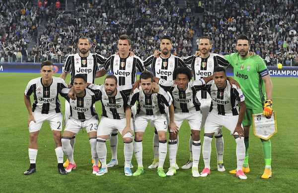 Team line up of Juventus during the UEFA Champions League match at Juventus Stadium, Turin Picture by Stefano Gnech/Focus Images Ltd +39 333 1641678 11/04/2017