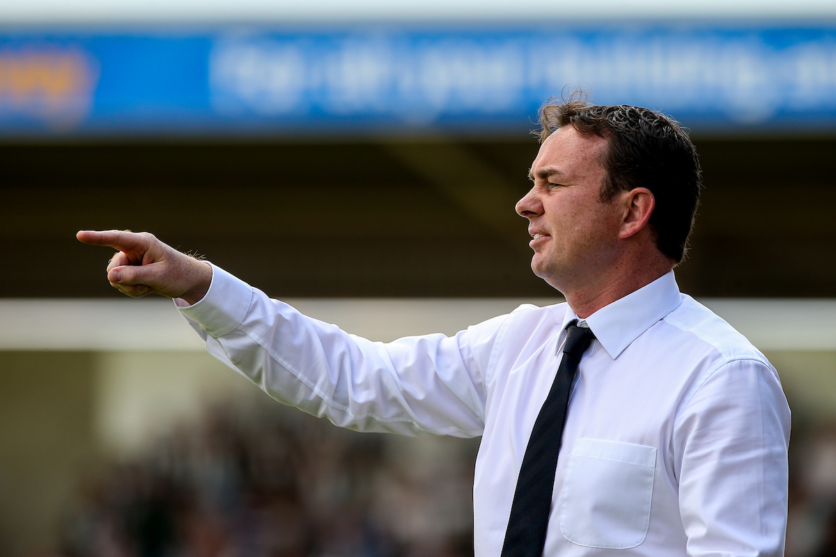 Plymouth Argyle manager Derek Adams issues instructions during the Sky Bet League 2 match at Sixfields Stadium, Northampton Picture by Andy Kearns/Focus Images Ltd 0781 864 4264 22/08/2015