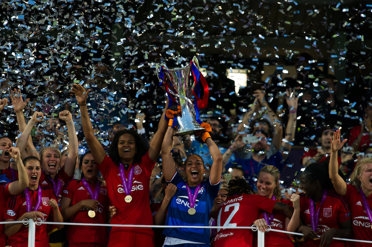 Olympique Lyon celebrate  after winning the UEFA Women's Champions League Final at Mapei Stadium, Reggio Emilia Picture by Anthony Stanley/Focus Images Ltd 07833 396363 26/05/2016