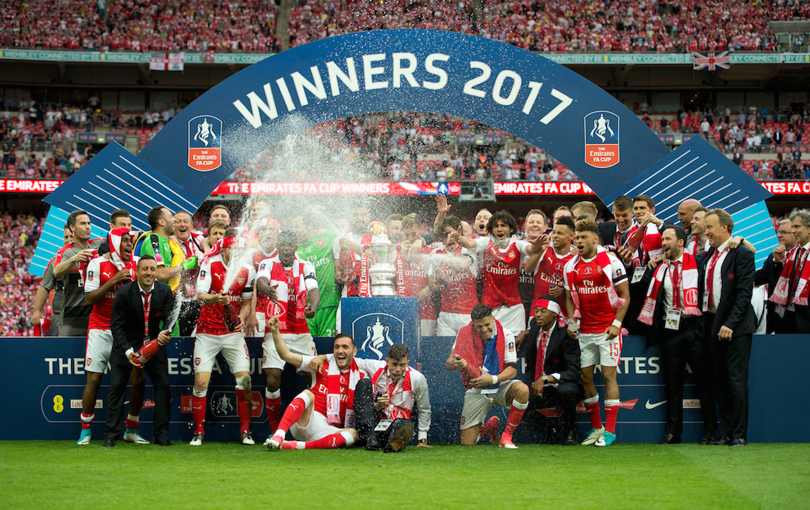 Arsenal players celebrate winning the FA Cup Final at the Emirates Stadium, London Picture by Russell Hart/Focus Images Ltd 07791 688 420 27/05/2017