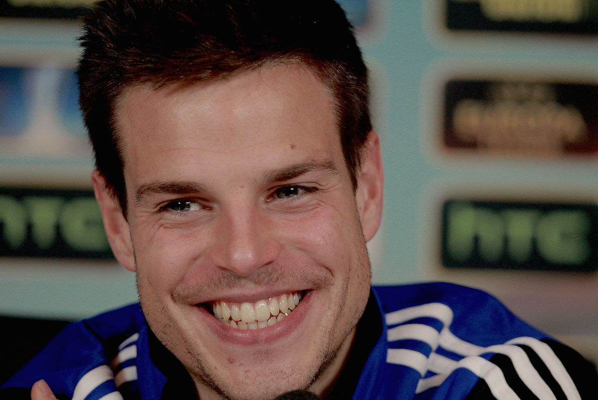 Picture by Paul Terry/Focus Images Ltd +44 7545 642257.13/03/2013.Cesar Azpilicueta pictured during a Chelsea press conference at Chelsea Training Ground, Cobham.