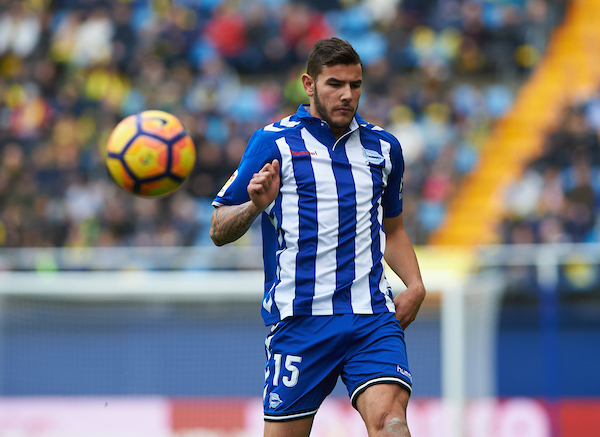Theo Hernandez of Deportivo Alaves during the La Liga match at Estadio El Madrigal, Villarreal Picture by Maria Jose Segovia/Focus Images Ltd +34 660052291 27/11/2016