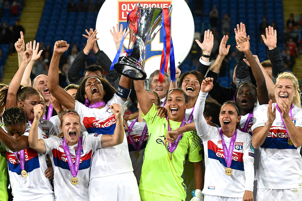 Olympique Lyonnais Feminine players celebrate winning the UEFA Women's Champions League final following the UEFA Women's Champions League Final at the Cardiff City Stadium, Cardiff Picture by Kristian Kane/Focus Images Ltd +44 7814 482222 01/06/2017