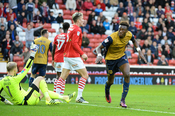 Tammy Abraham of Bristol City celebrates scoring to make it 2-1 during the Sky Bet Championship match at Oakwell, Barnsley Picture by Richard Land/Focus Images Ltd +44 7713 507003 29/10/2016