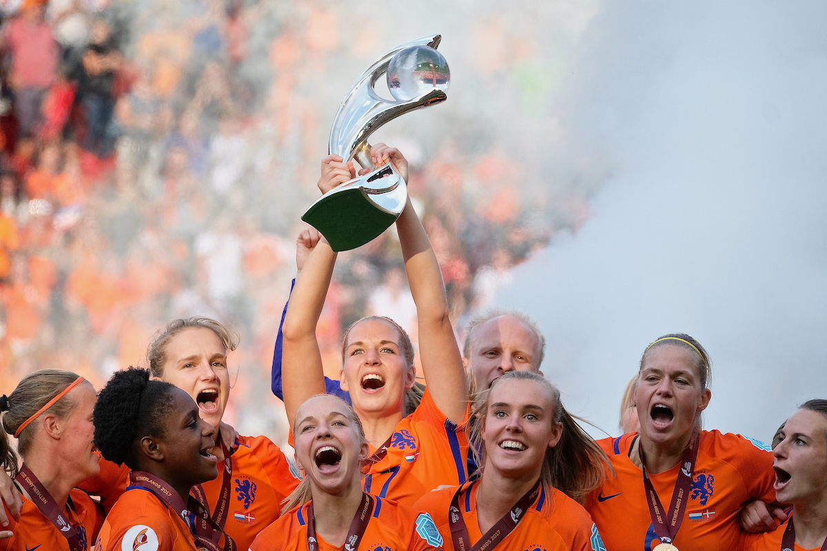 Netherlands players celebrate winning the final by 4 goals to 2 over Denmark following the UEFA Women's Euros 2017 Final match at De Grolsch Veste, Enschede Picture by Kristian Kane/Focus Images Ltd +44 7814 482222 06/08/2017