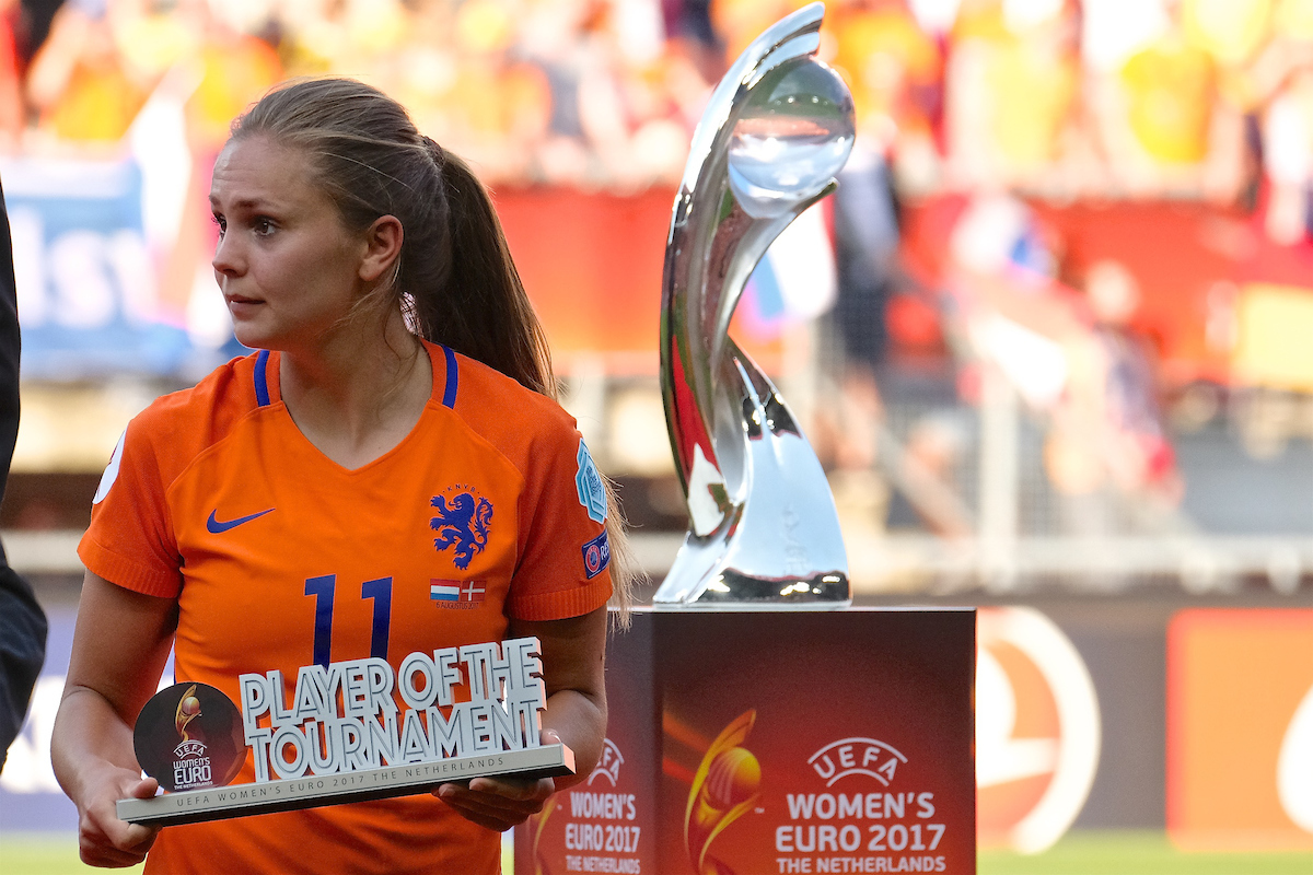 Like Martens of Netherlands with her Player Of The Tournament award following the UEFA Women's Euros 2017 Final match at De Grolsch Veste, Enschede Picture by Kristian Kane/Focus Images Ltd +44 7814 482222 06/08/2017