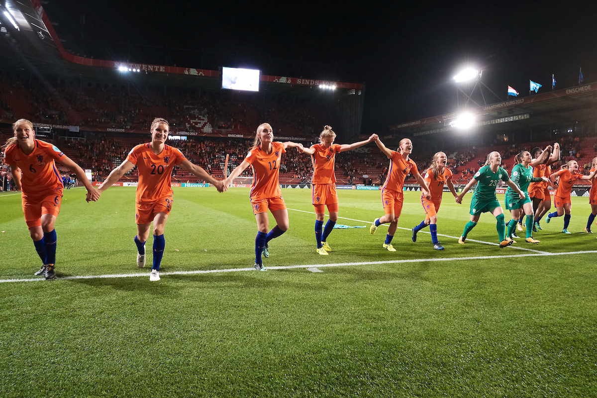Netherlands players celebrate following the UEFA Women's Euros 2017 Semi-final match at De Grolsch Veste, Enschede Picture by Kristian Kane/Focus Images Ltd +44 7814 482222 03/08/2017