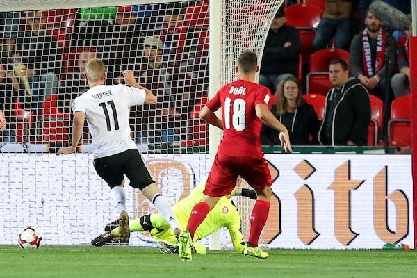 Timo Werner anotó ante la República Checa. Foto: Focus Images Ltd