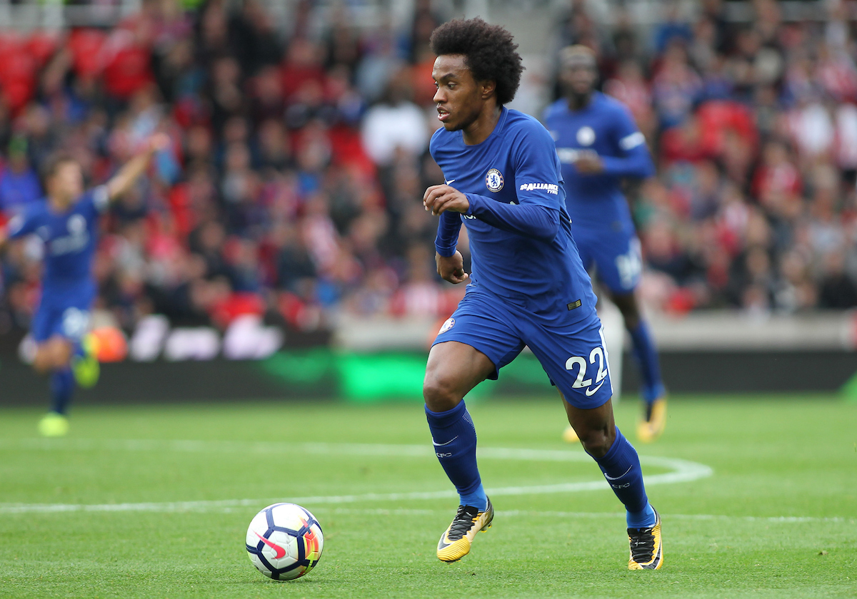 Willian of Chelsea in action against Stoke City during the Premier League match at the Bet 365 Stadium, Stoke-on-Trent.  Picture by Michael Sedgwick/Focus Images Ltd +44 7900 363072  23/09/2017