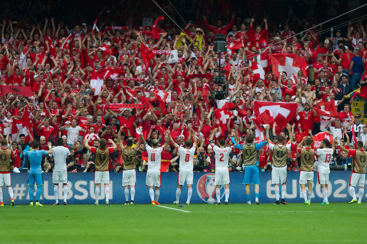 The Switzerland squad members applaud the fans at the end of  the EURO 2016 match at Stade Bollaert-Delelis , Lens Picture by Anthony Stanley/Focus Images Ltd 07833 396363 11/06/2016