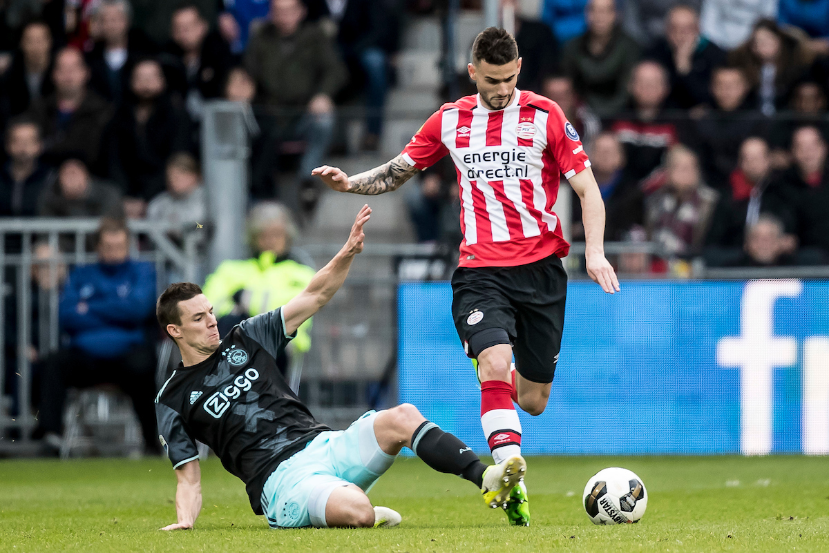 Gaston Pereiro of PSV Eindhoven (R), Nick Viergever of Ajax Amsterdam (L) during the Dutch Eredivisie match at Philips Stadion, Eindhoven Picture by Joep Joseph Leenen/Focus Images Ltd +316 5261929 23/04/2017 ***NETHERLANDS OUT***