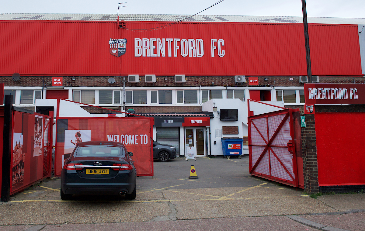 A general view of the stadium before the Sky Bet Championship match at Griffin Park, London Picture by Alan Stanford/Focus Images Ltd +44 7915 056117 03/11/2015