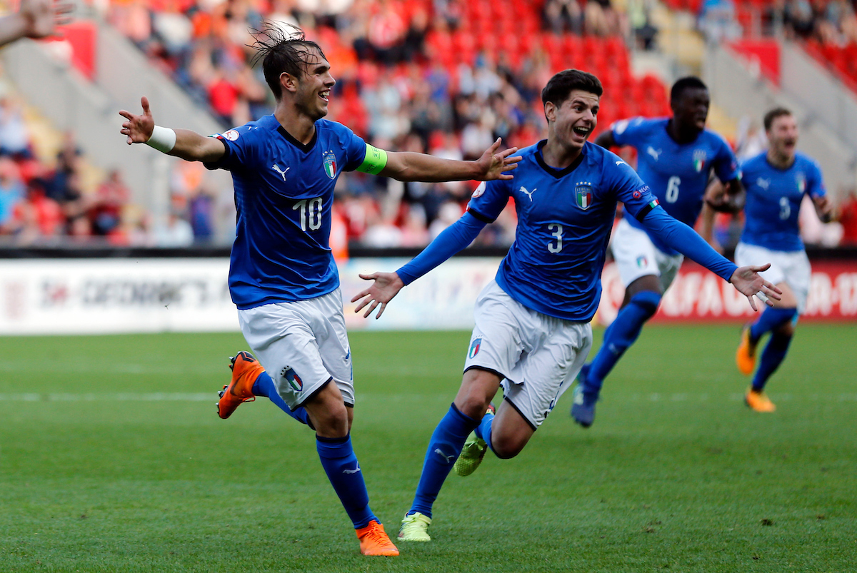 Alessio Riccardi (l) of Italy celebrates scoring to make it 2-1 during the UEFA Euro U17 Championship Final match at the New York Stadium, Rotherham Picture by Simon Moore/Focus Images Ltd 07807 671782 20/05/2018