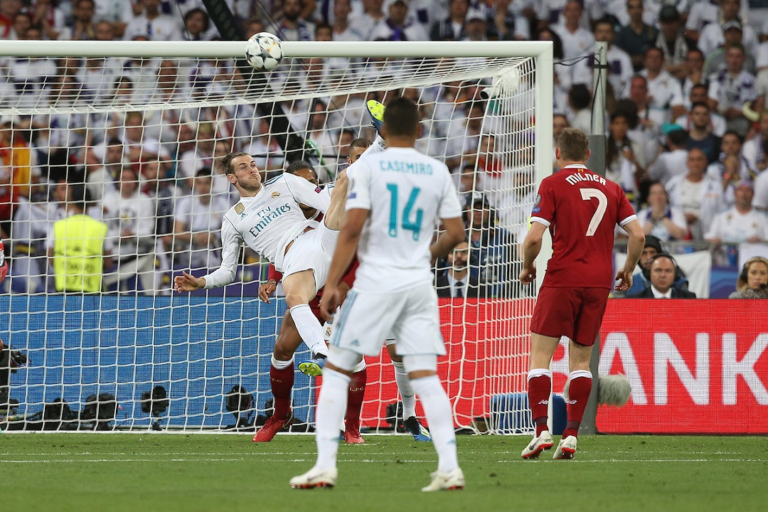 Gareth Bale of Real Madrid scores his sides 2nd goal during the UEFA Champions League Final at the Olympic Stadium, Kiev Picture by Paul Chesterton/Focus Images Ltd +44 7904 640267 26/05/2018