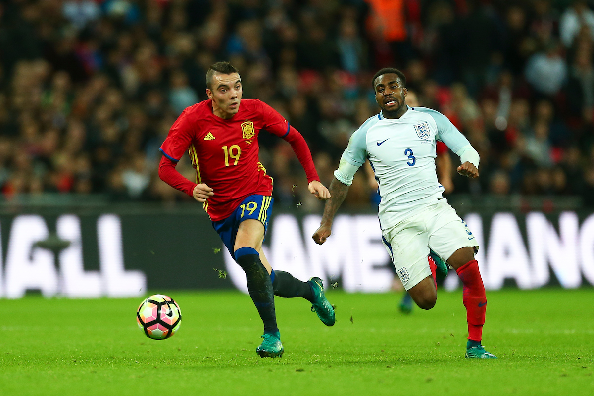 Iago Aspas of Spain out sprints Danny Rose of England charging forward during the International Friendly match at Wembley Stadium, London Picture by Ryan Dinham/Focus Images Ltd +44 7900 436859 15/11/2016
