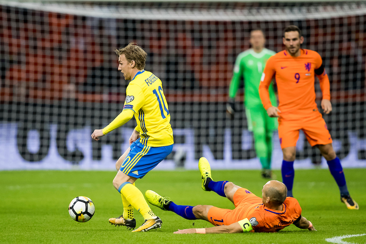 Emil Forsberg of Sweden (L), Arjen Robben of Netherlands (M), Vincent Janssen of Netherlands (R) during the 2018 FIFA World Cup Qualifying match at Amsterdam Arena, Amsterdam Picture by Joep Joseph Leenen/Focus Images Ltd +316 5261929 10/10/2017 ***NETHERLANDS OUT***