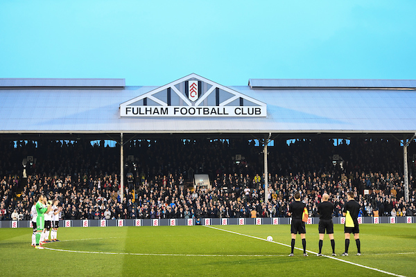 Fulham line up for minutes applause for Ray Wilkins before the Sky Bet Championship match at Craven Cottage, London Picture by Simon Dael/Focus Images Ltd 07866 555979 10/04/2018