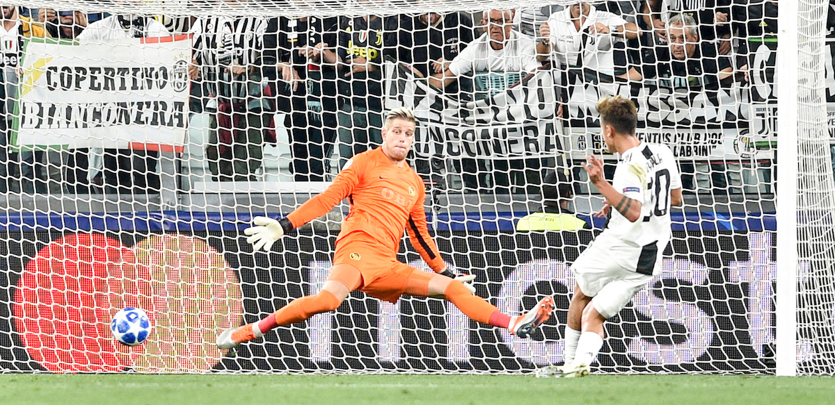 Paulo Dybala of Juventus scores his goal during the UEFA Champions League match at Juventus Stadium, Turin Picture by Antonio Polia/Focus Images Ltd +393473147935 02/10/2018