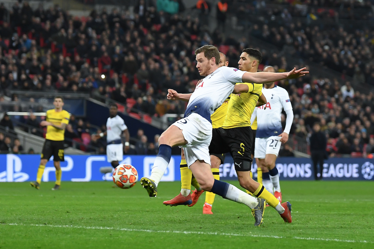 Jan Vertonghen of Tottenham Hotspur makes it 2:0 during the UEFA Champions League match at Wembley Stadium, London Picture by Martyn Haworth/Focus Images Ltd 07463250714 13/02/2019