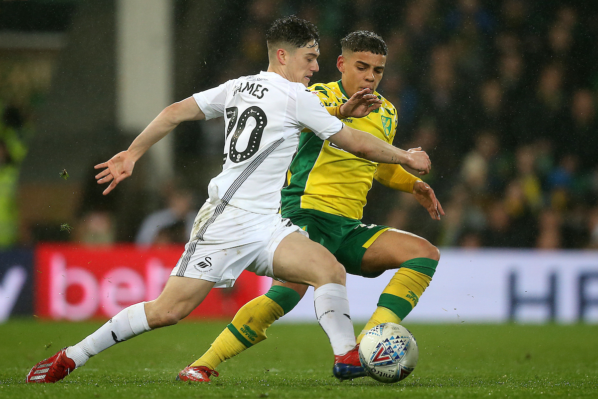 Daniel James es la principal amenaza del Swansea. Foto: Focus Images Ltd.